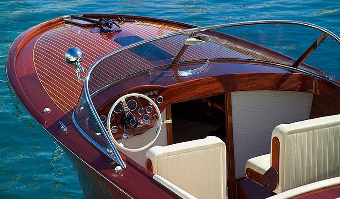 best marine varnish